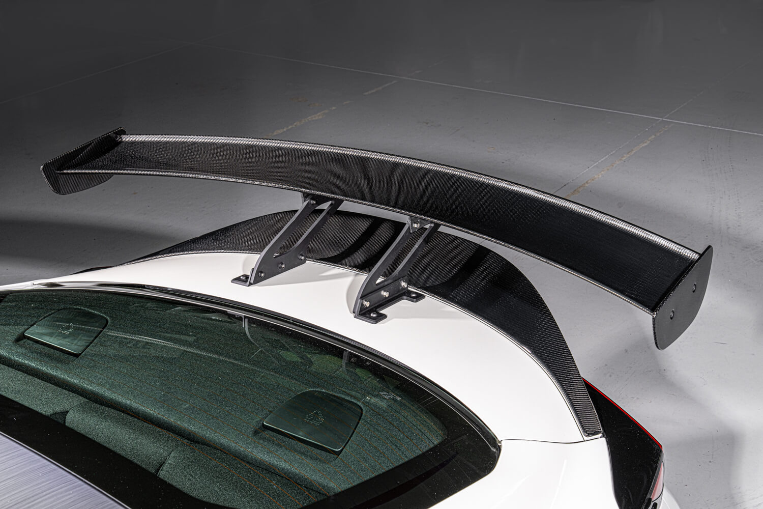 Toyota GR86 HKS Concept GT wing and Ducktail.jpg